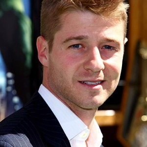 Benjamin McKenzie as Mark